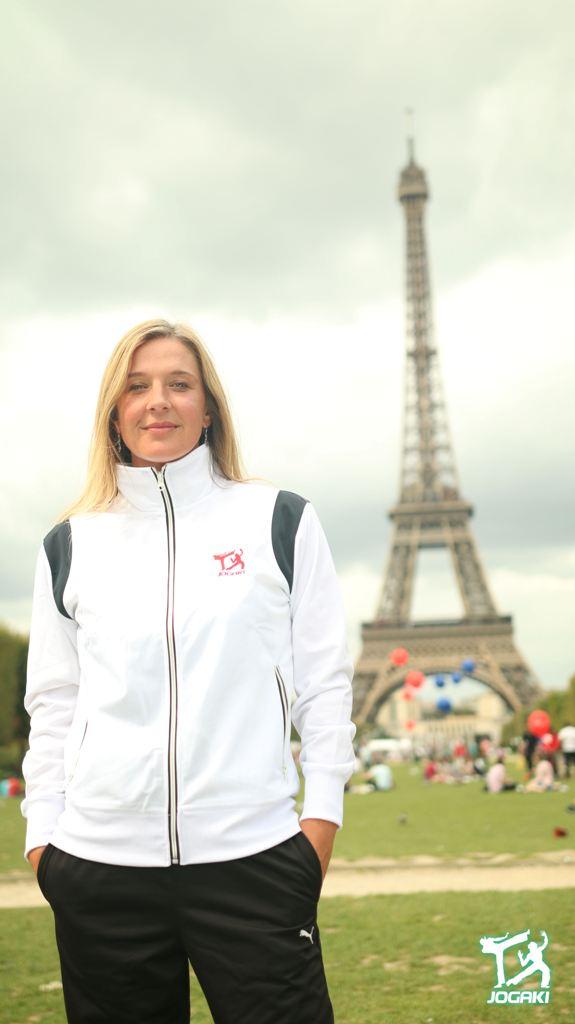 Capoeira-Paris-Vetement-Blanc-Veste-Femme-Sport