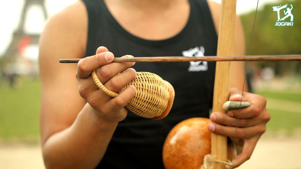 capoeira-paris-berimbau