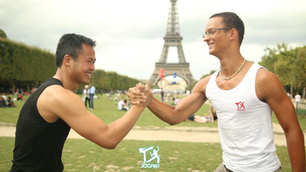 capoeira-paris-bras-de-fer-debardeur-homme