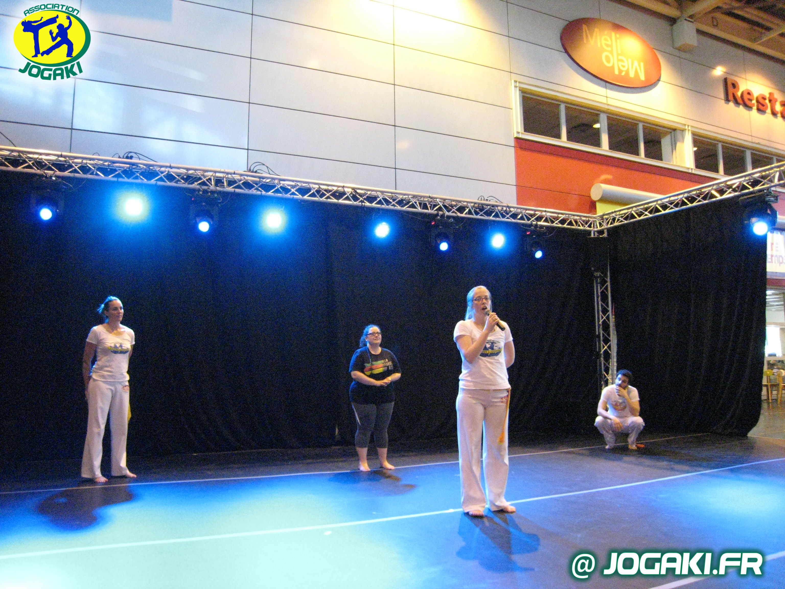 Handicap capoeira paris blog jogaki club de capoeira for Porte de versailles salon renovation