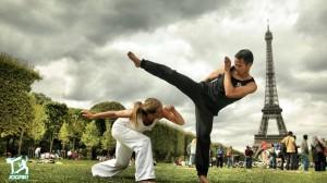 capoeira-paris-tour-eiffel-jogaki