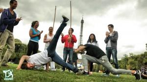 capoeira-queda-de-rins-acrobatie-equilibre