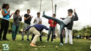 street-capoeira-paris-fight-dance-jogaki